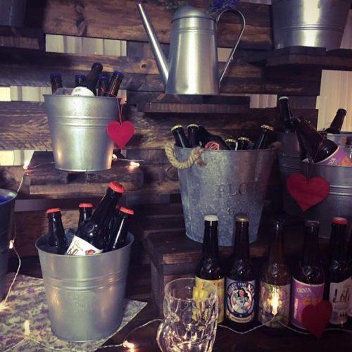 bodegón mesa bebidas
