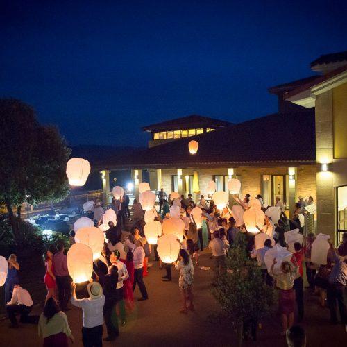bodas exterior nocturno lanzamiento linternas